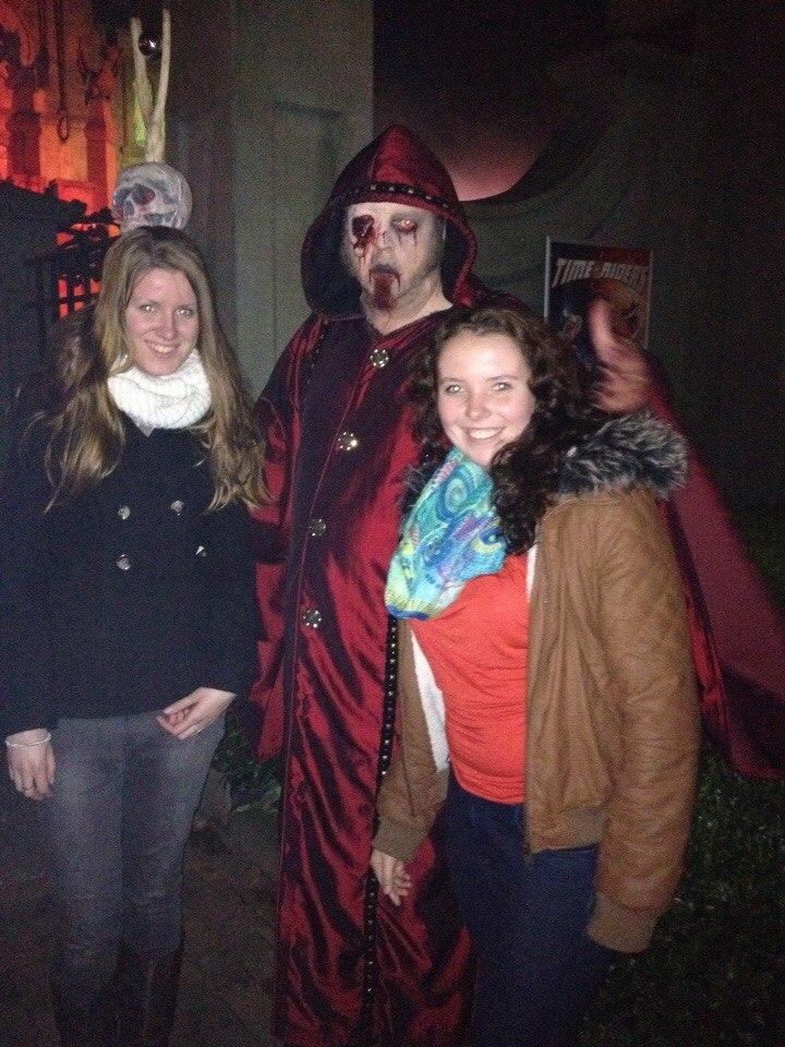 На Хэллоуин в Movie Park