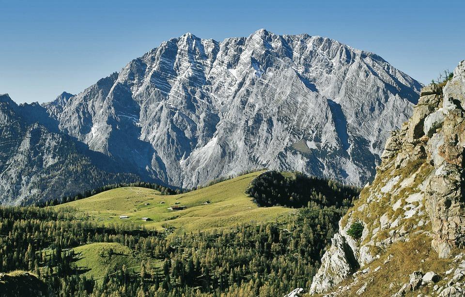 Почему озеро Кёнигзее называют жемчужиной Баварии?